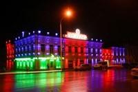 Наружное освещение: архитектурное освещение зданий, фасадов дома в Геленджике
